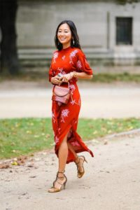 wearing-red-to-a-wedding